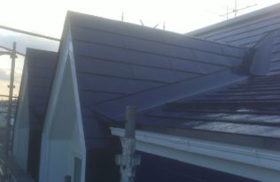屋根 上塗り 完了