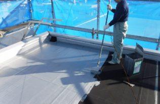屋上防水 上塗り状況