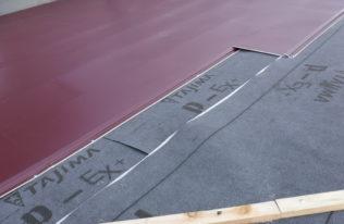 屋根 重ね葺き