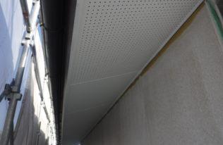 付帯部 軒天塗装完了