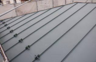 屋根重ね葺き 状況