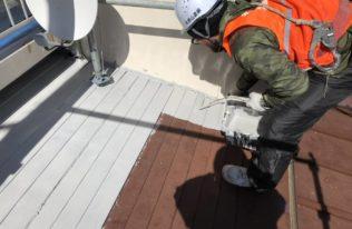 屋根塗装(下塗り、錆止め)