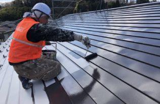 屋根 中塗り 状況