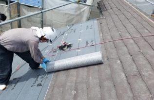 屋根重ね葺き ルーフィングシート張り