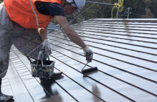 屋根 上塗り 状況